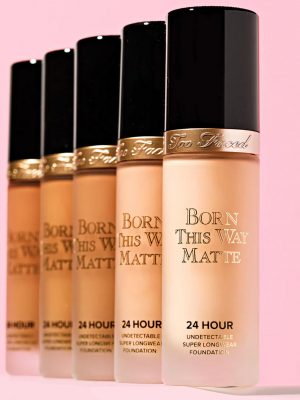 Too Faced -Born This Way Matte 24 Hour Foundation
